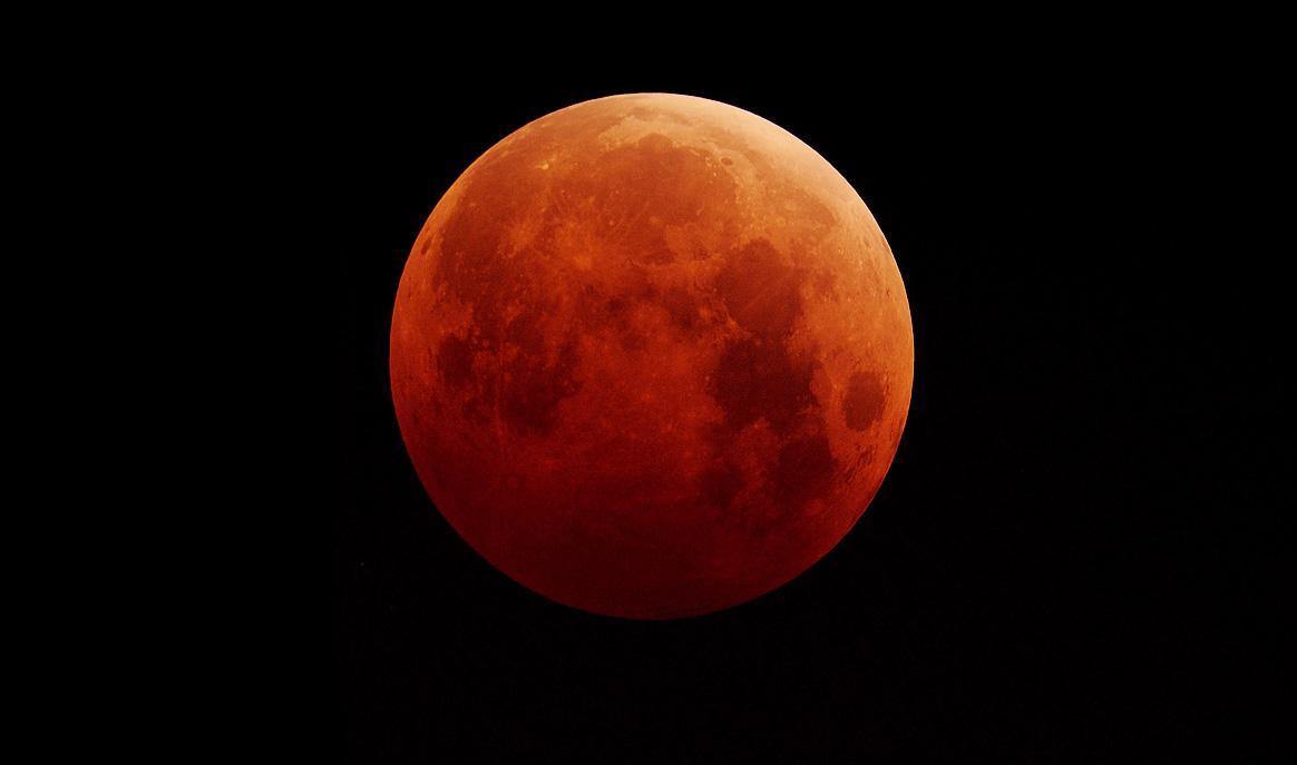 LunarEclipse2014_2