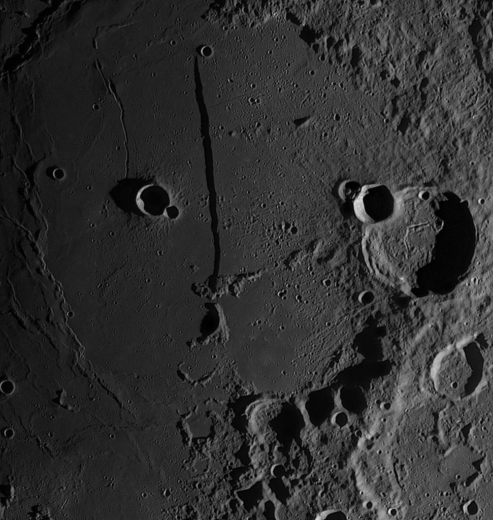 Rupes Recta, Newton Ares 405mm, Skywatcher EQ8, Asi178mm, Barlow APM 2,7x, G filter baader