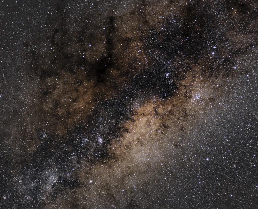 deepspace_astronomy_cameras